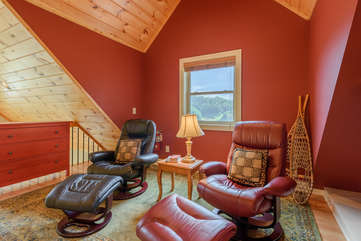 Reclining Leather Chairs in Upstairs