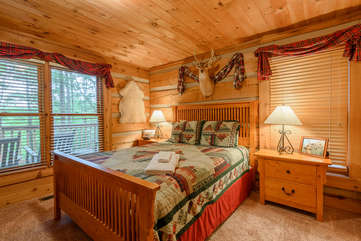 Celtic Cabin Master Bedroom with Queen Bed