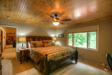 Master Suite on Main Level with King Bed