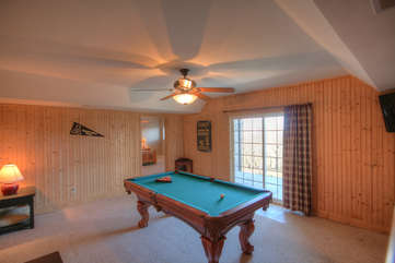 Elderberry Escape Downstairs Game Room and Pool Table