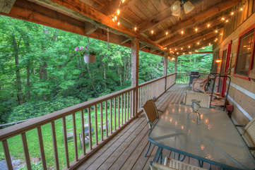 Lazy Bear Cabin Dining Table Overlooking Creek and Lake