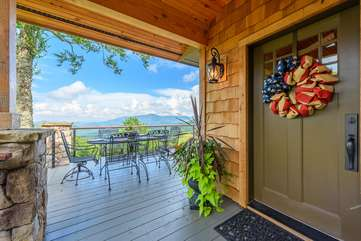 Front Entry Way with Deck Access