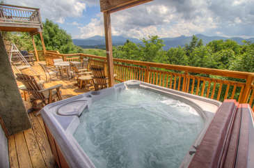 Mountain Majesty Amazing view from the Hot Tub