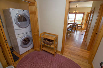 Mountain Majesty washer/dryer combo