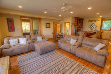 North View Lodge Oversized Comfy Sofas in spacious Family Room