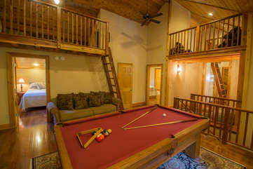 North View Lodge central upstairs Game Room