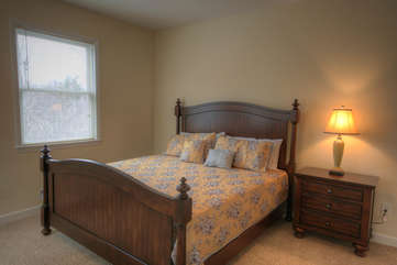 Whispering Hills Main Floor Master Suite with King Bed
