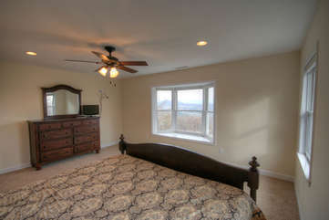 Whispering Hills Upstairs Master Suite with Awesome Long Range Views