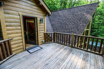 Twin Hollows Upper deck access from master bedroom