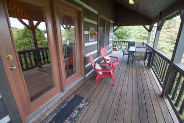 Adirondack Chairs to Relax and Enjoy the Views
