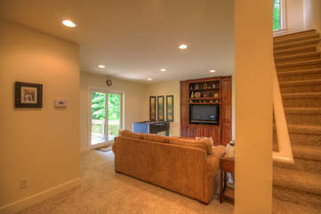Lower Level Den with HDTV and Glass Doors to Deck
