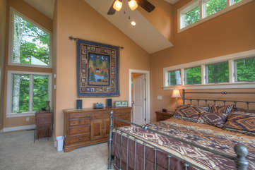 King Master Suite with ensuite Full Bathroom
