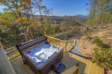 Skyland Cabin Brand New Hot Tub with Views