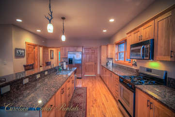 Pinecone Manor Large Kitchen with Granite and Stainless Steel