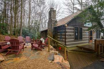 Raccoon Ridge, a True Mountain Cabin