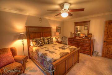 21 Linville Ridge Upstairs Queen Bedroom 1