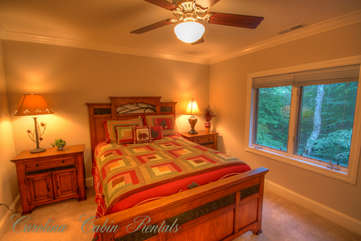21 Linville Ridge Upstairs Queen Bedroom 2
