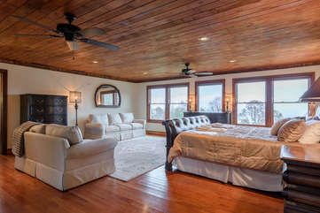 Primary Master Suite with King Bed and Sitting Area