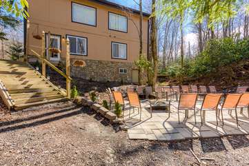 Beech Mountain Lodge Stairs to Patio