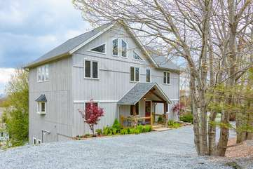 Flat Top Lodge with gently graded gravel driveway with ample parking