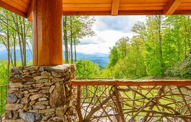 Quiet Wooded Setting with Beautiful Views at The Rock