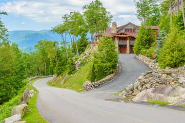 Easy Paved Access in Gated Community to the Rock