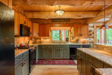 Large Kitchen at Spice Mountain Lodge