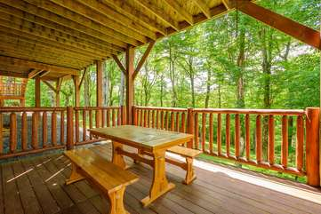 Picnic table on lower level deck