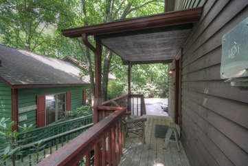 Tuscarora Cottage Covered Entry Porch, Steps to Parking Area.