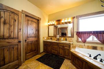 Master private bathroom
