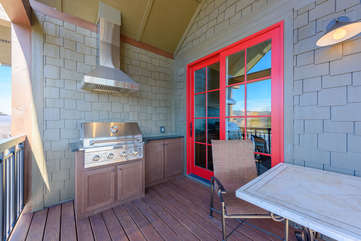 Covered Deck with built-in Stainless Gas Grill and Hood Fan