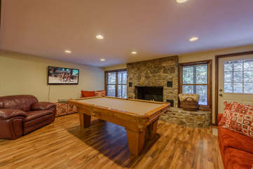 Downstairs Den with Pool Table, Stone Fireplace, HDTV