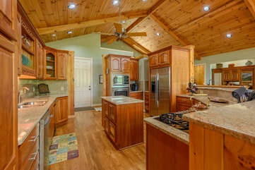 Linville Ridge Retreat Kitchen with Stainless Steel appliances, gas cooktop, ample counter space