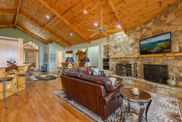 Open floor plan at Linville Ridge Retreat