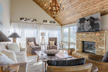 Comfy Furniture, Stone Fireplace, and 65
