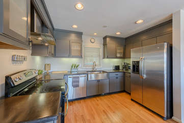 Modern Kitchen with Granite Counters and Stainless Appliances