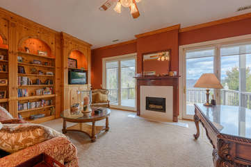 Cozy Upstairs Office & Library with Private Deck, Gas Log Fireplace, TV, Mini Bar