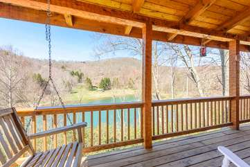 Enjoy Lake and Mountain Views from Rear Decks of Lakeside at Hawksnest!