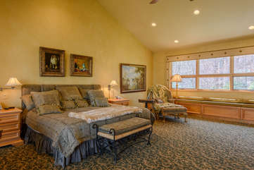 King Master Suite with Vaulted Ceilings, Custom King Bed, Comfy Seating