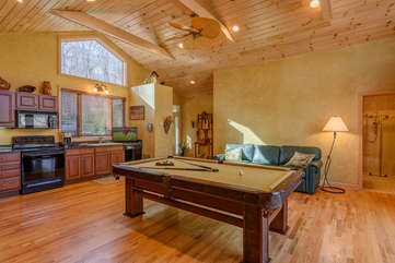 Guest Cottage Den and Game Room with Full Kitchen