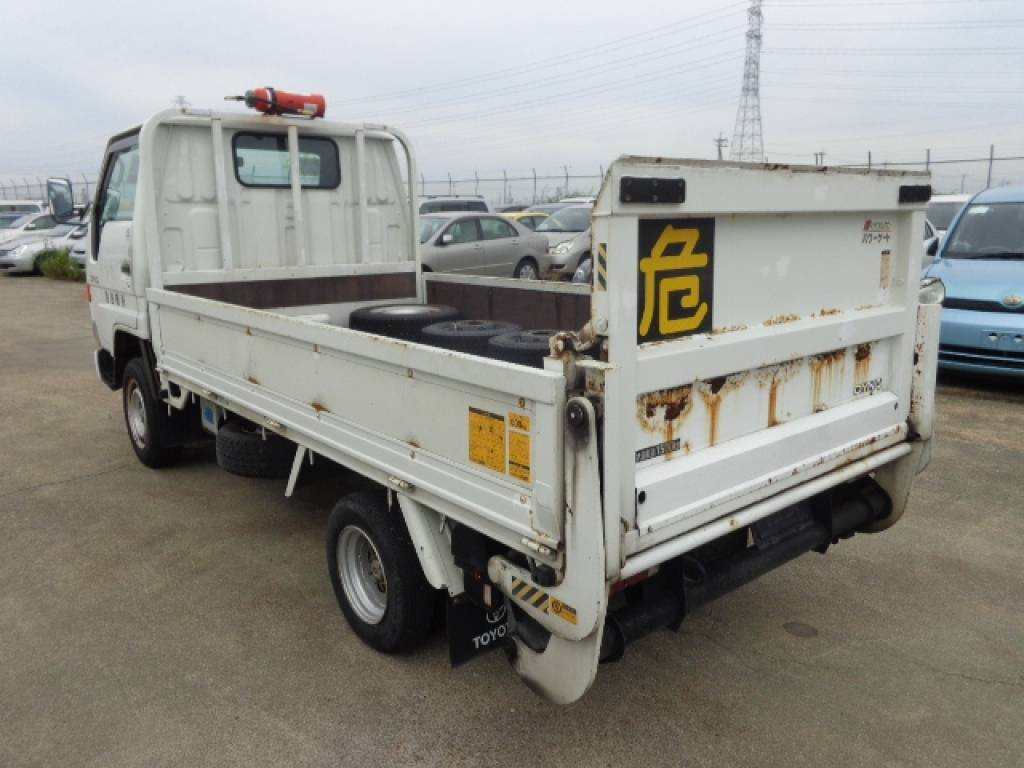 Used 1999 MT Toyota Dyna Truck YY131 Image[2]