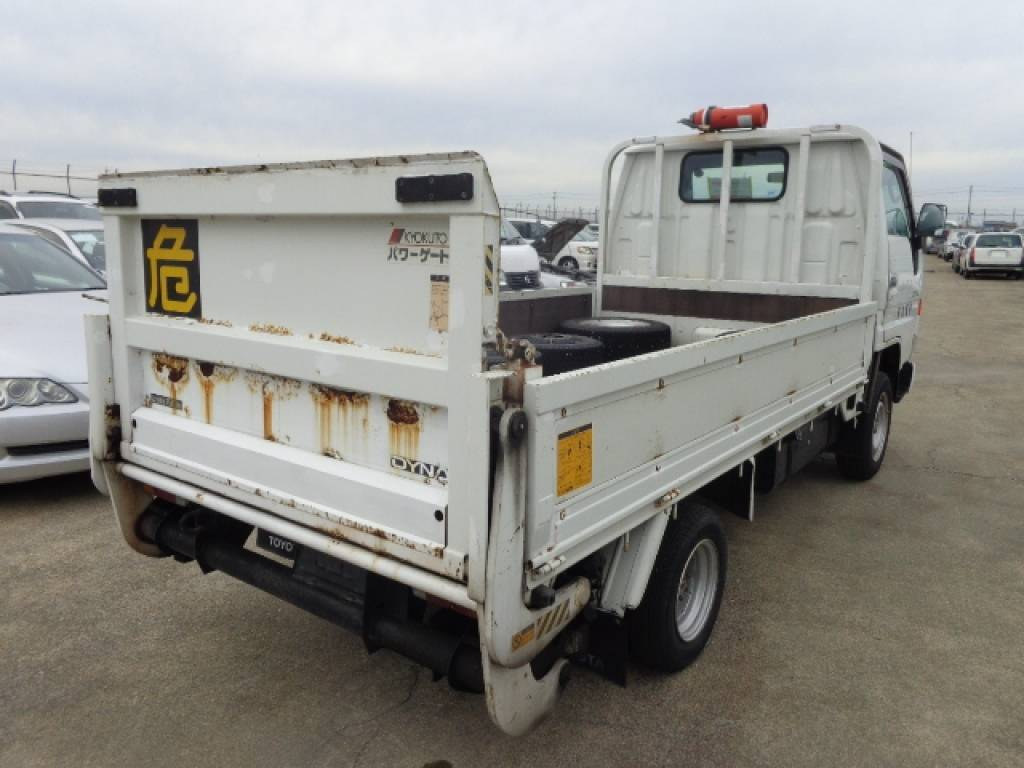 Used 1999 MT Toyota Dyna Truck YY131 Image[3]
