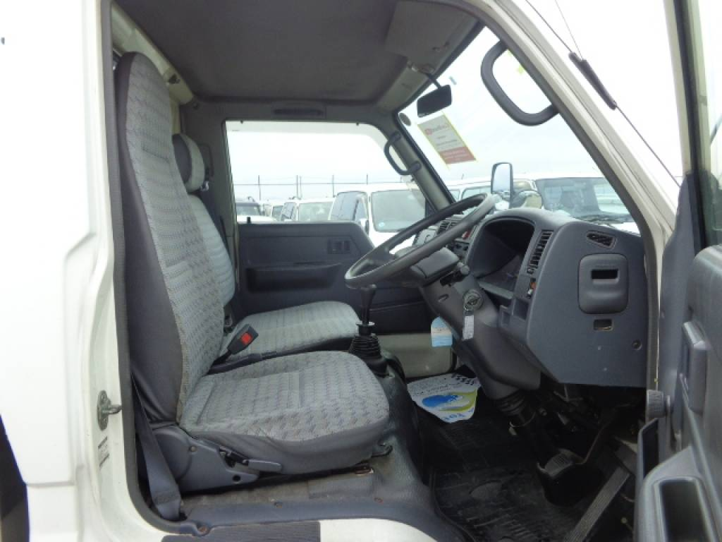 Used 1999 MT Toyota Dyna Truck YY131 Image[6]