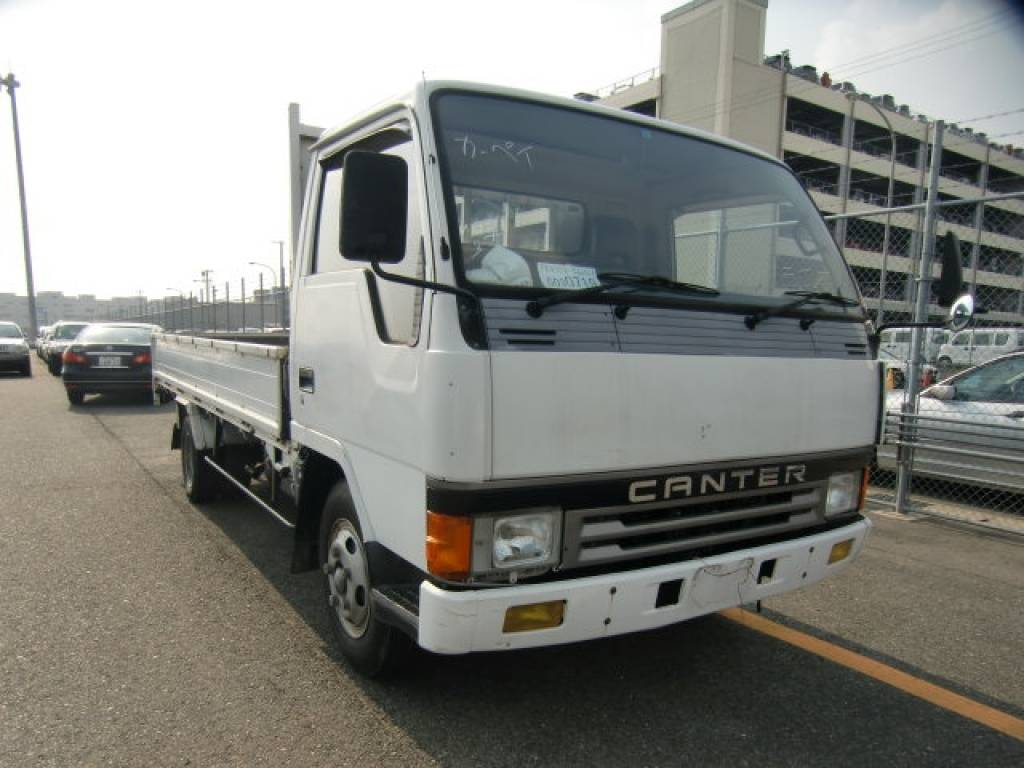 Used 1992 MT Mitsubishi Canter FE435E
