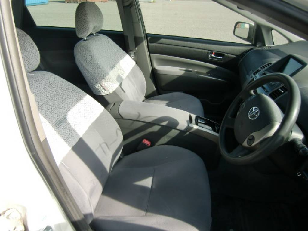 Used 2006 AT Toyota Prius NHW20 Image[10]