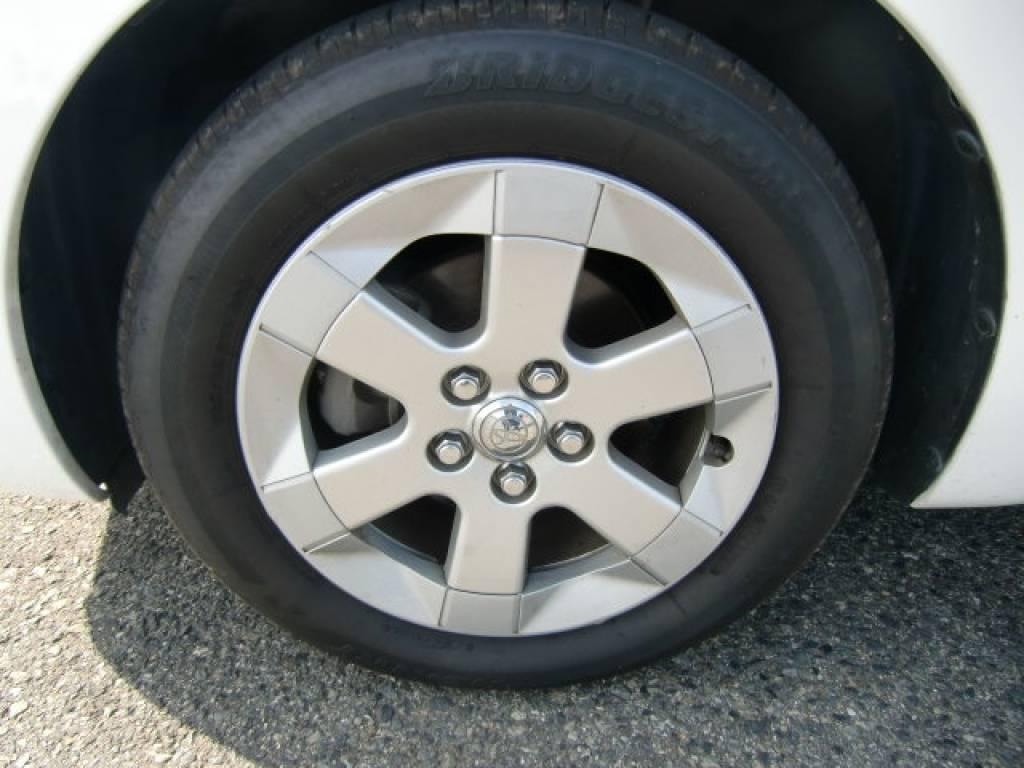 Used 2006 AT Toyota Prius NHW20 Image[13]