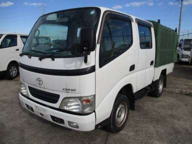 2004  Toyota Dyna Truck LY220