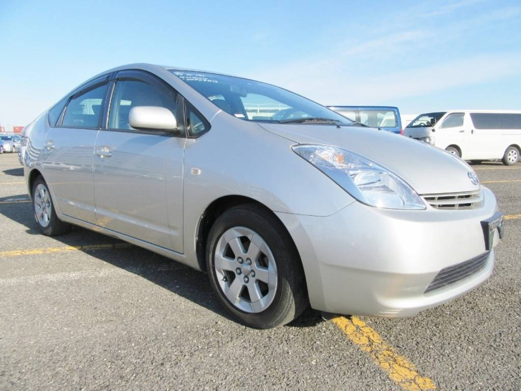 Used 2005 AT Toyota Prius NHW20 Image[1]