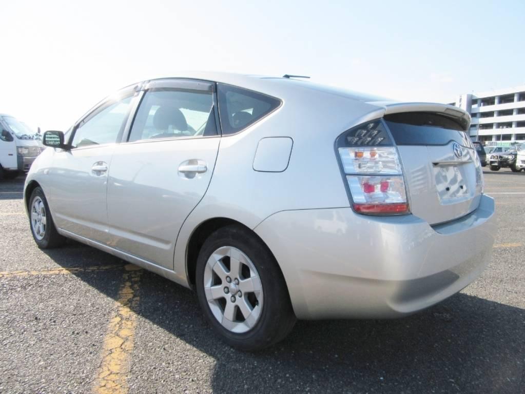 Used 2005 AT Toyota Prius NHW20 Image[2]