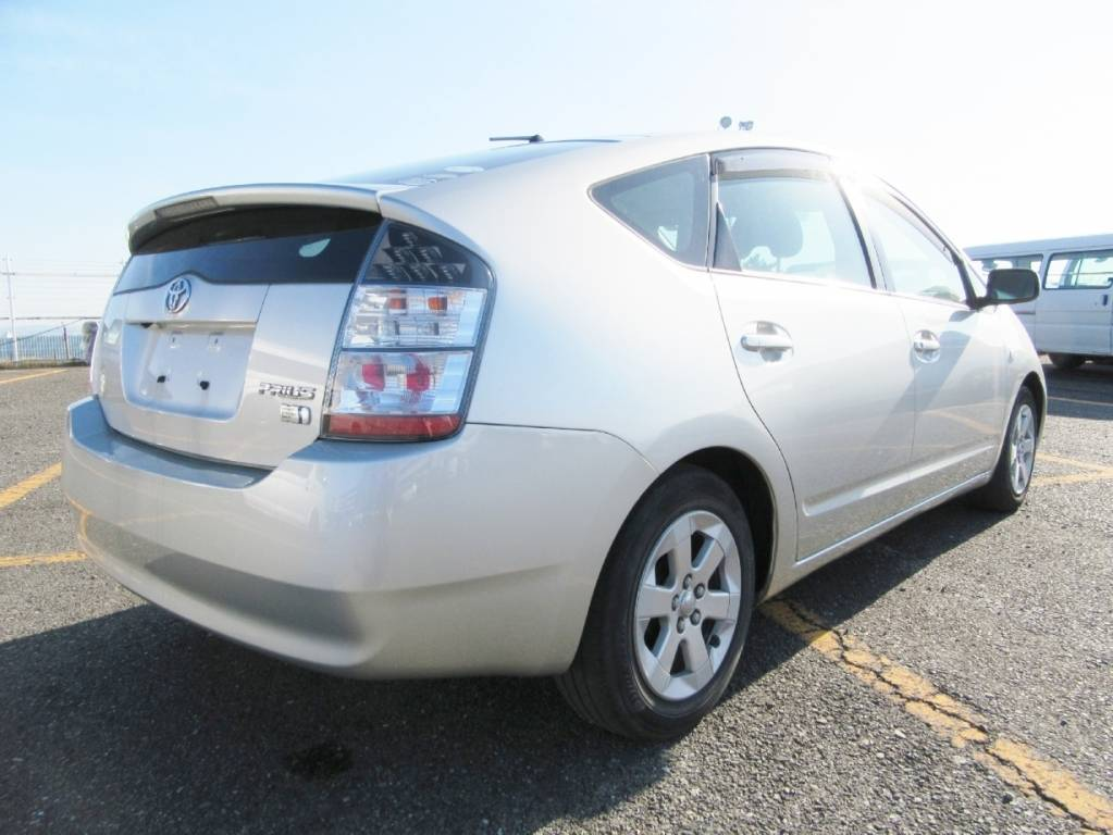 Used 2005 AT Toyota Prius NHW20 Image[3]